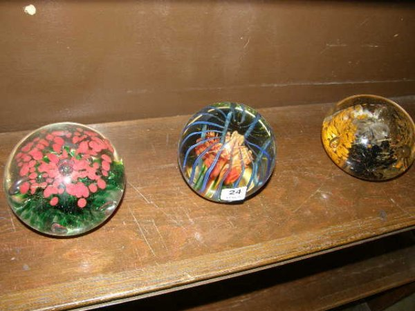 6024: 3 LARGE ART GLASS PAPERWEIGHTS