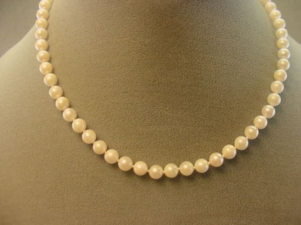 """7606: 16"""" STRAND PEARLS WITH 14K GOLD CLASP"""