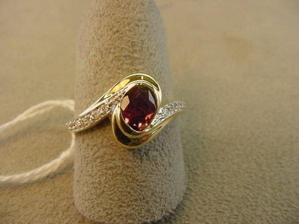 7621: 14K GOLD PINK TOURMALINE AND DIAMOND RING