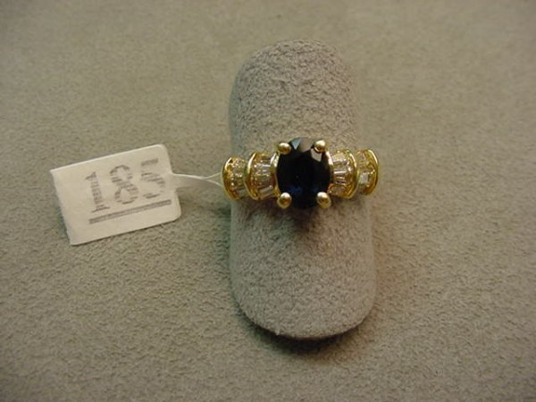 1185: 14K GOLD BLUE SAPPHIRE AND DIAMOND RING