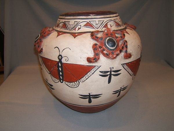 2330: LARGE S.W. POTTERY VESSEL -FROGS, INSECTS