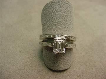 3076: 2-PIECE 18K WHITE GOLD DIAMOND WEDDING RING MOUNT