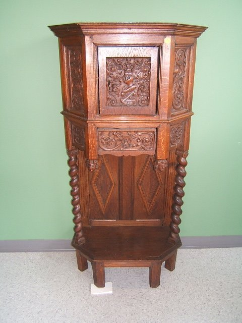 4051: CARVED OAK RENAISSANCE REVIVAL CABINET