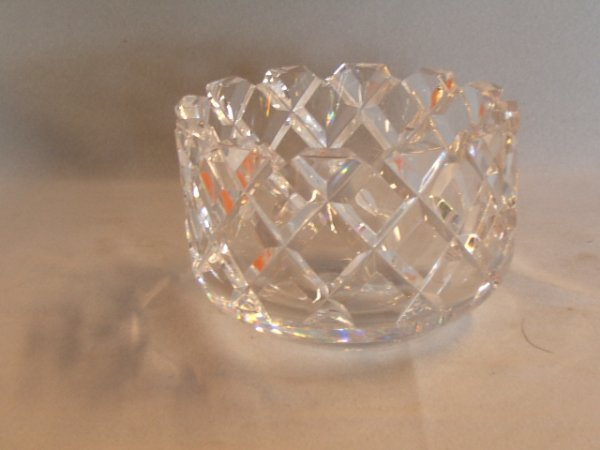 4055: SIGNED ORREFORS CUT GLASS BOWL