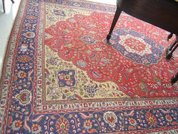 4057: HANDMADE ORIENTAL RUG APPROXIMATELY 10' X 13'