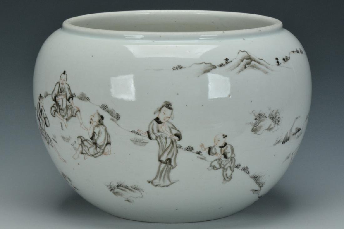 A Grisaille-Decorated Brush Washer, Yongzheng - 2