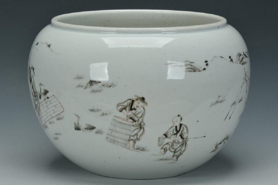 A Grisaille-Decorated Brush Washer, Yongzheng - 4