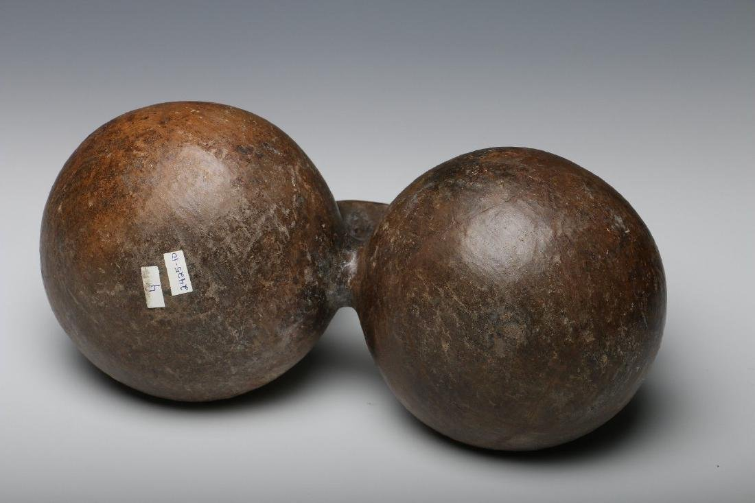 PRE-COLUMBIAN  CHOCOLATEWARE DOUBLE BOWL VESSEL - 4