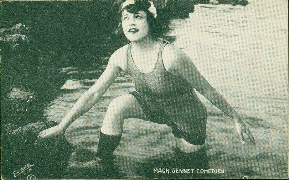 002: MACK SENNETT BATHING BEAUTY POSTCARDS PIN-UP