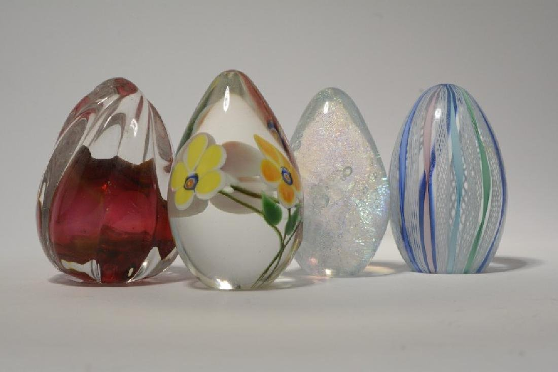 Lot of 4 Vintage Art Glass Egg Paperweights