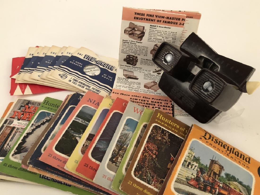 Vintage Bakelite 3-D View Master Model E w/Reels
