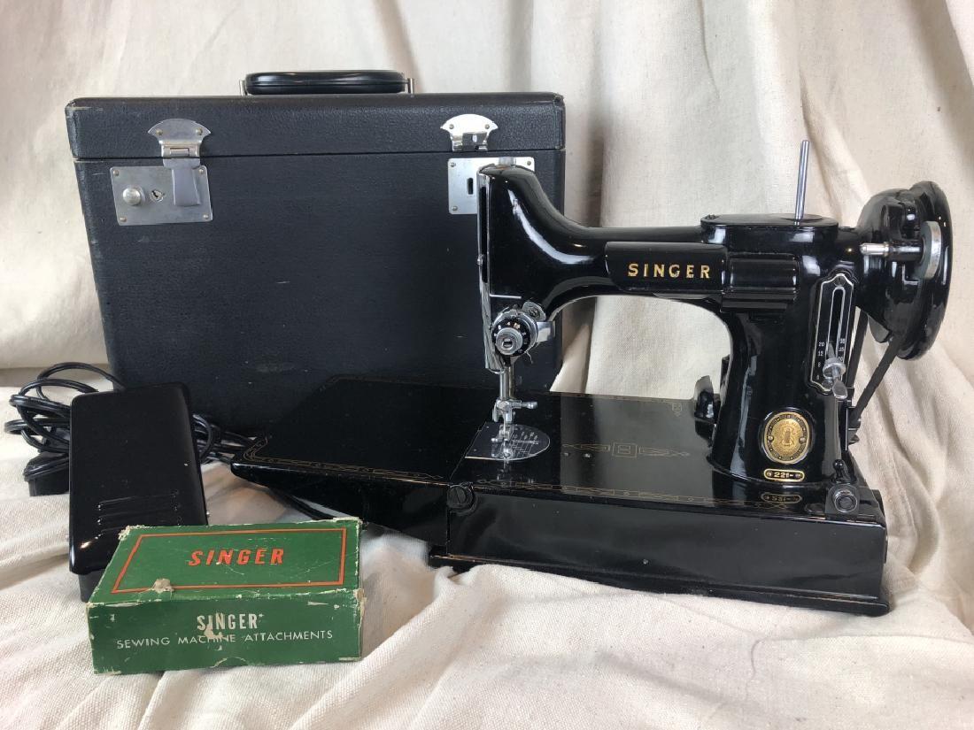 Antique 1951 Singer Portable Sewing Machine 3-120