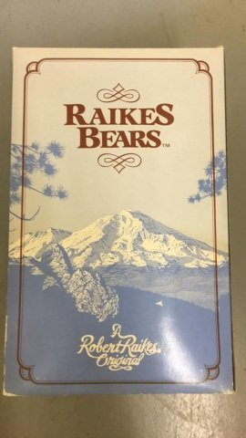 "Raikes Bears Figure ""Max"" Card Dealer"