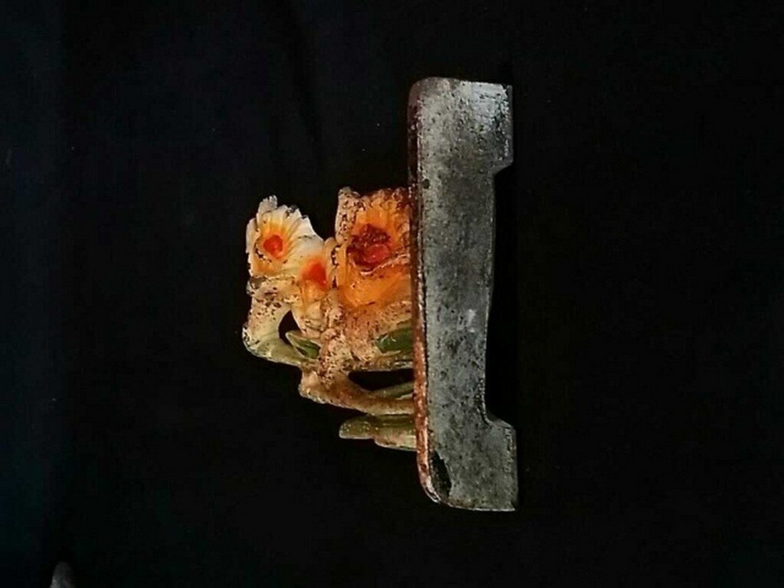 Vintage Painted Iron Doorstop of Lillies - 4