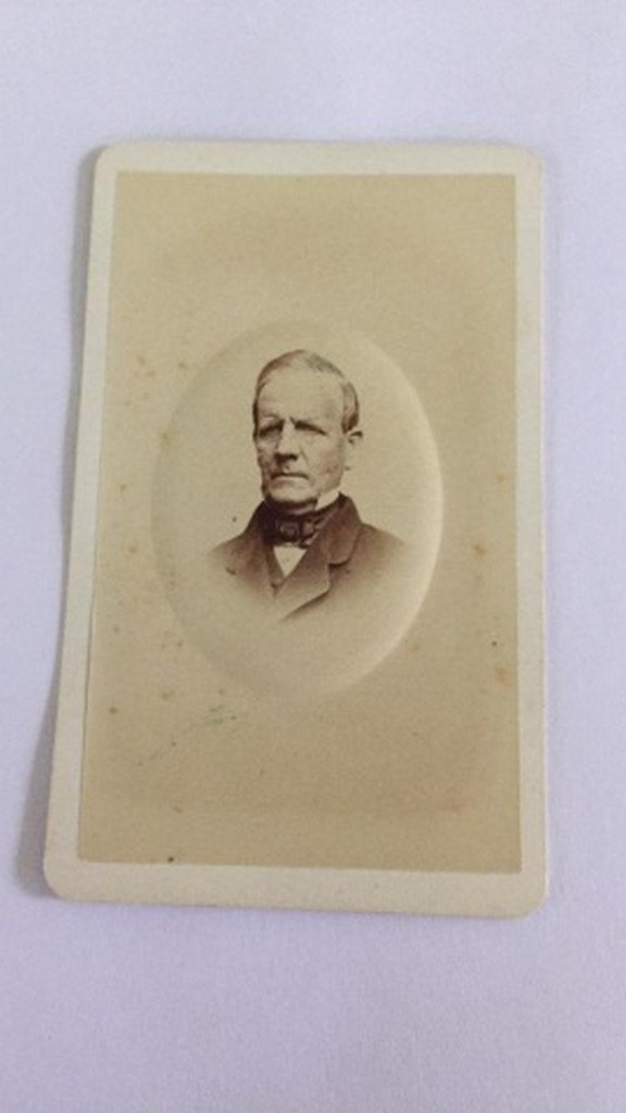 Lot of 27+ Antique Mostly CDV Photographs of Men - 8