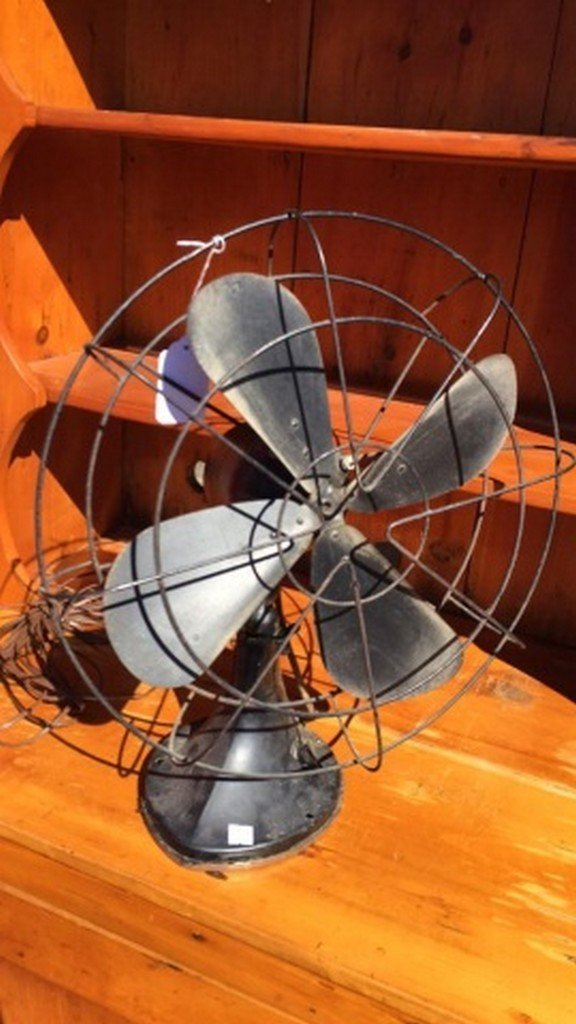"""Hunter"" Early Electric Table Fan"