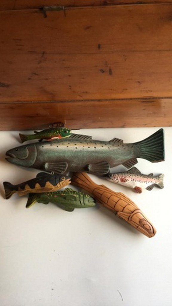 Miscelaneous Lot of Carved Painted Wood Fish