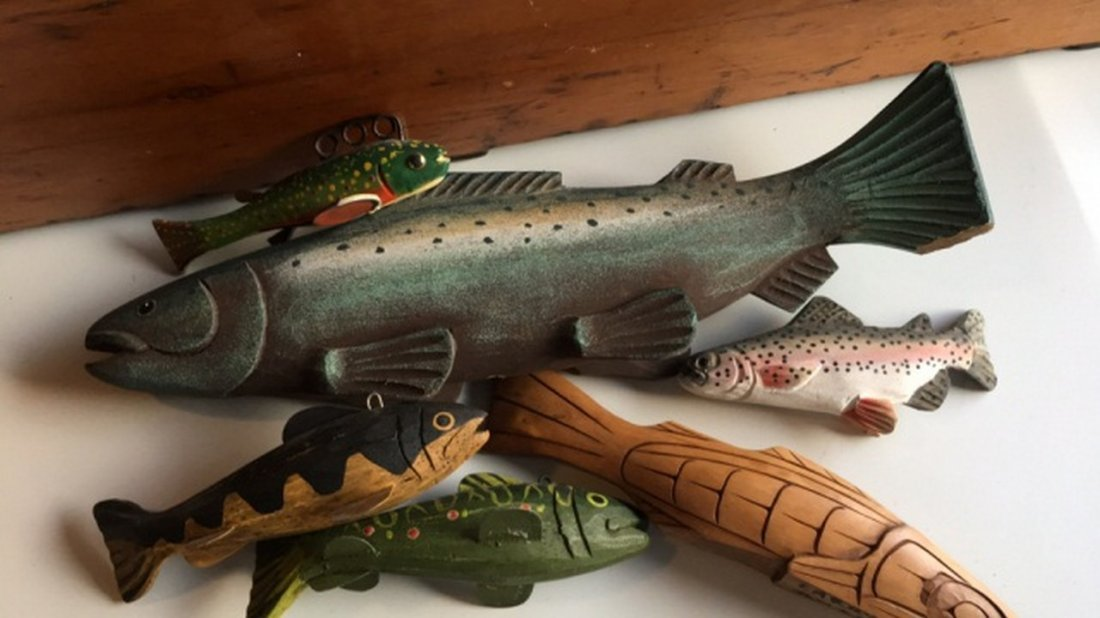 Miscelaneous Lot of Carved Painted Wood Fish - 2