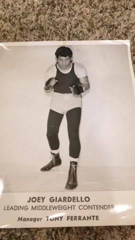 Box of boxing photographs over 150 with some signed - 8