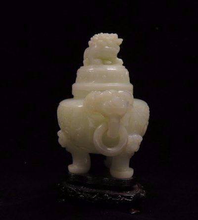 A Carved White Jade Tripod Censer And Cover - 4