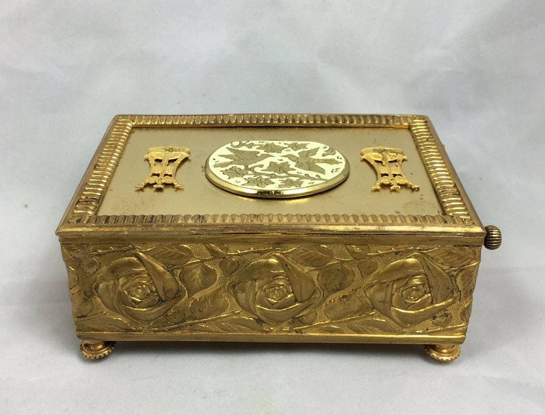 Gold Gilt Music Box with Singing Bird - 3