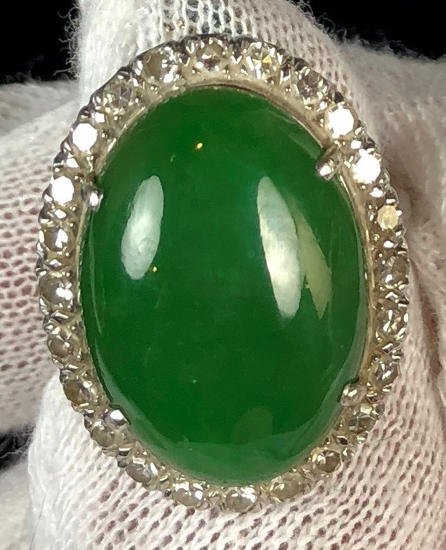 14k Nutural Jadeite Ring With Diamonds
