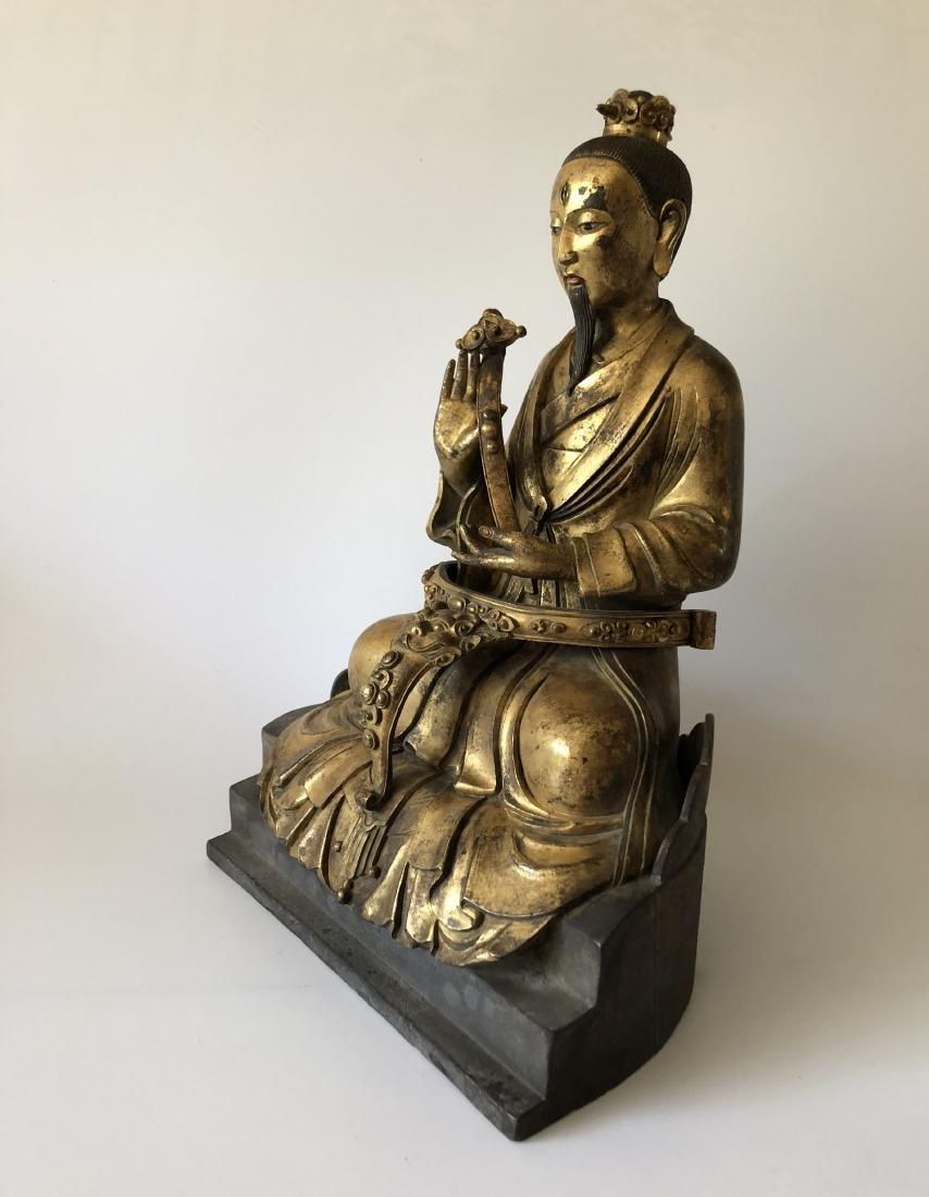 A Rare Gilt Bronze Taoist Figure Holding A Ruyi - 3