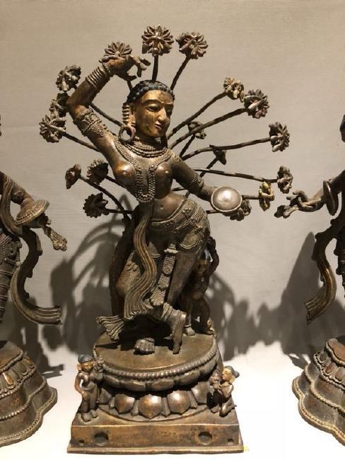 Bronze Figure of Dancing Dakini and Worshipers - 3