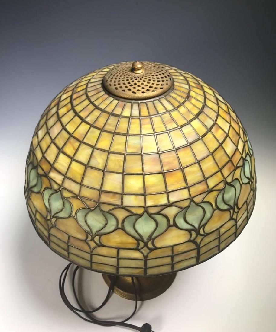 Tiffany Pomegranate Table Lamp - 8