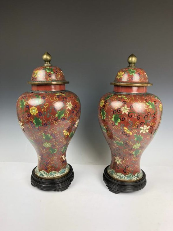 Pair of Cloisonne Enamel vases - 3