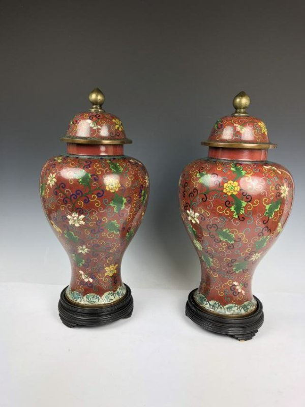 Pair of Cloisonne Enamel vases - 4