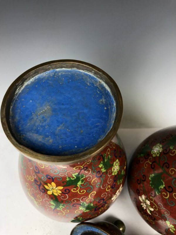 Pair of Cloisonne Enamel vases - 9