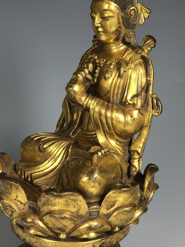 Gilt Bronze Figure Seated In A Lotus Petal Base - 5