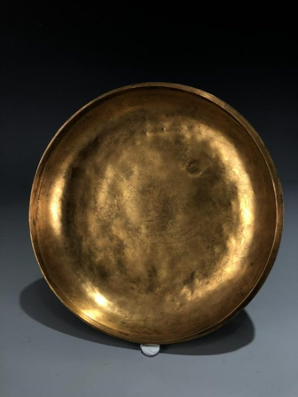 Finely Detailed Gilt Bronze Circular Box - 9