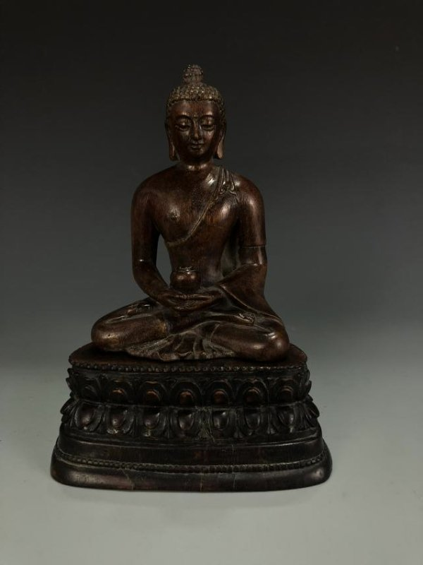 Carved Agarwood Figure of Shakyamuni w/ Zitan Base - 5