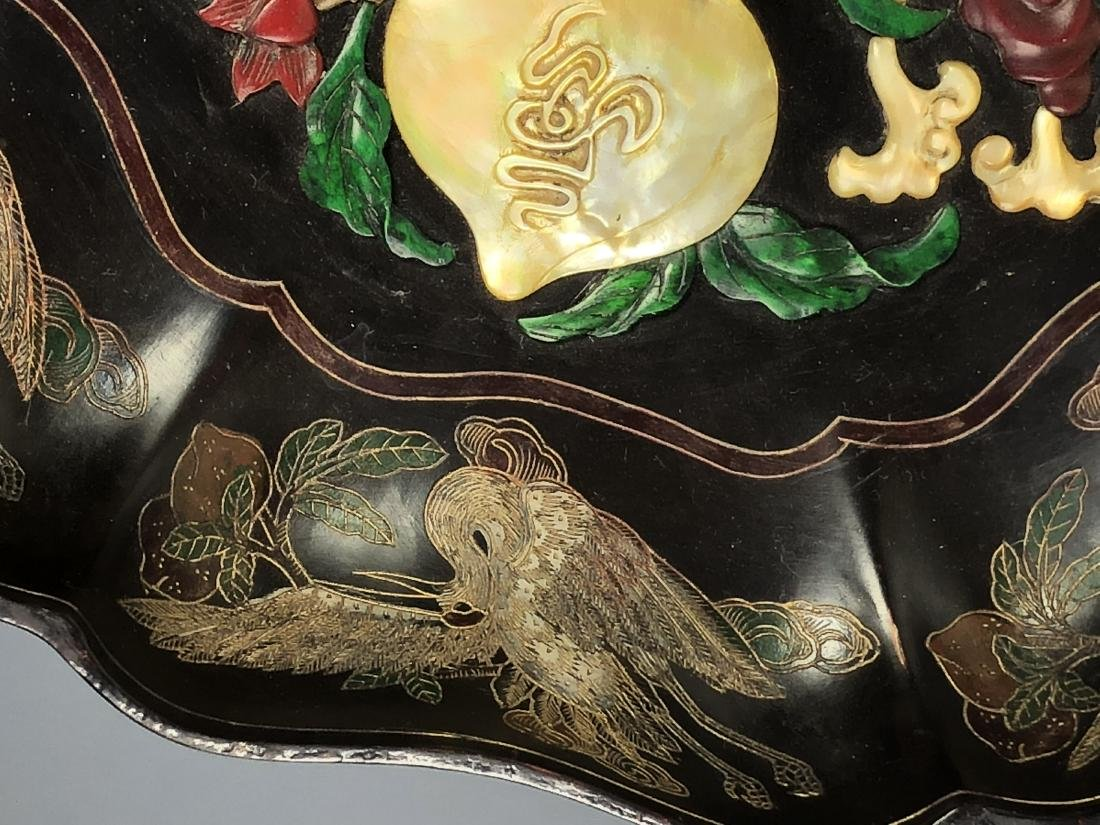 Lacquered Wood Flower Plate with mark - 5