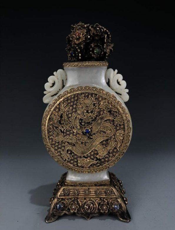 White Jade and Gilt Dragon Vase