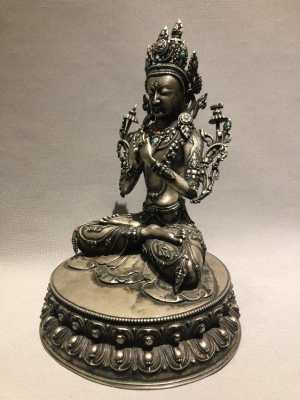 Bronze Figure of GuanYin - 2