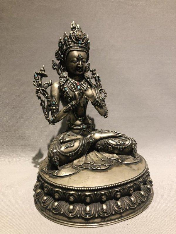 Bronze Figure of GuanYin - 3
