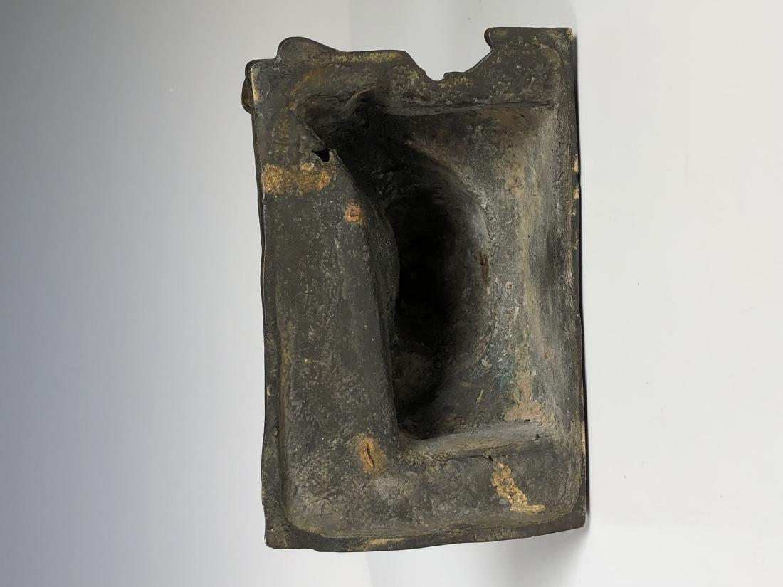 Gilt Bronze Figure of GUANYU - 9