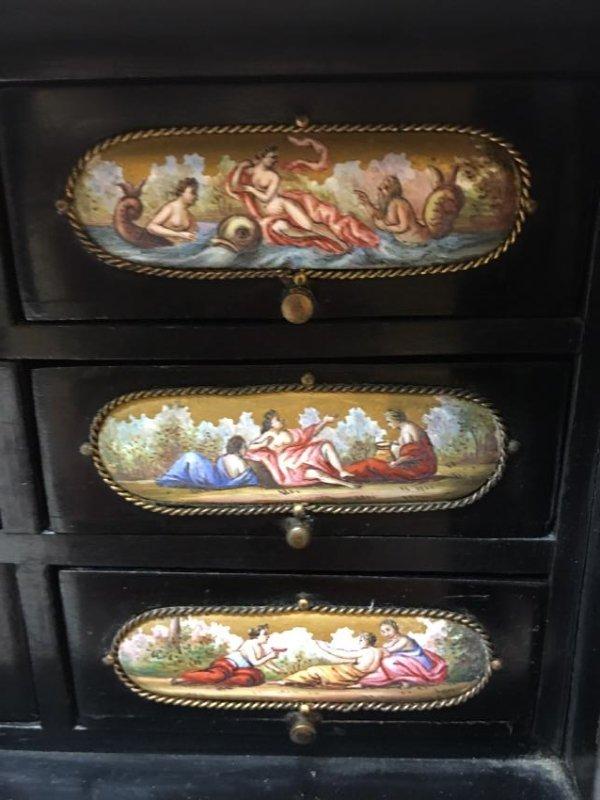 19th C. Exquisite Jewelry Box With Enamel Inlay - 9