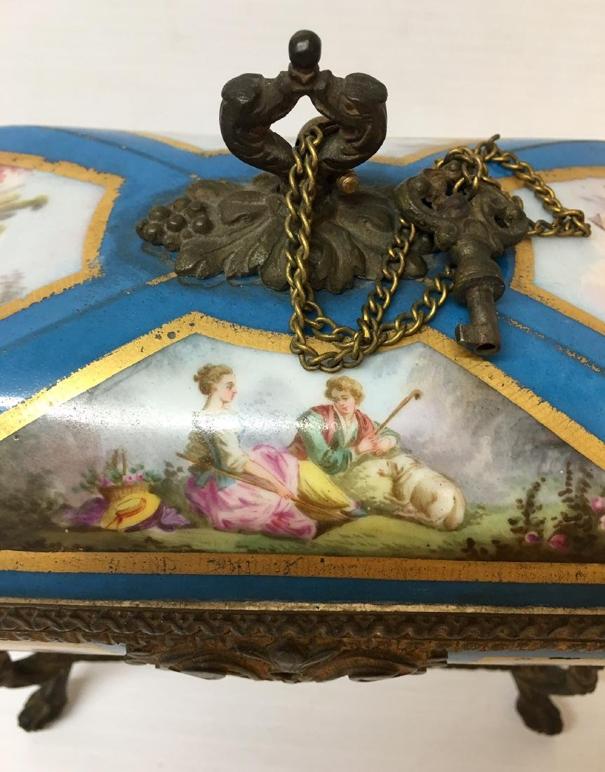 Painted Porcelain and Metal box - 3