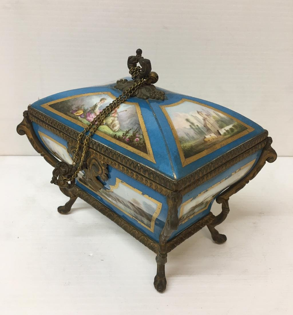 Painted Porcelain and Metal box - 8