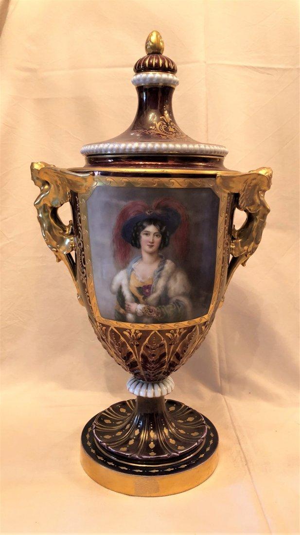 A poceline Vase 'Royal '