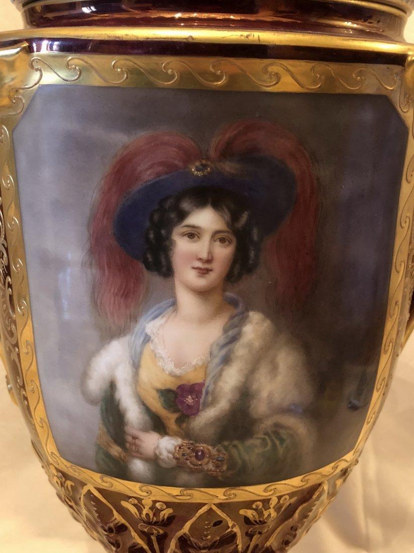 A poceline Vase 'Royal ' - 5