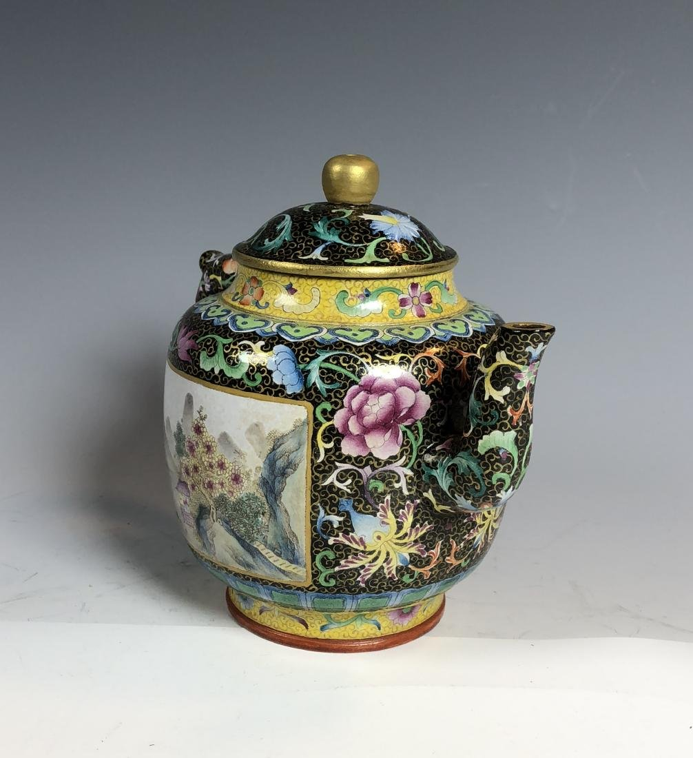 Famille Rose Covered over Zisha Tea Pot with mark - 6