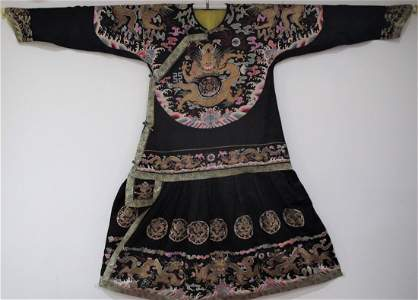 IMPERIAL SILK EMBROIDERED DRAGON ROBE