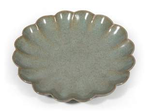 A Lobed Celadon-Glazed Dish