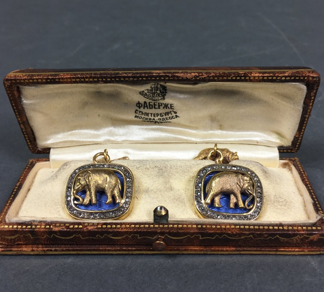 Pair vintage cuff links elephant and bear with diamonds