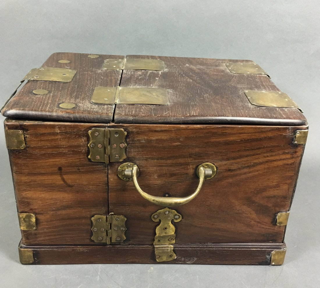 A Chinese Antique Rosewood Box